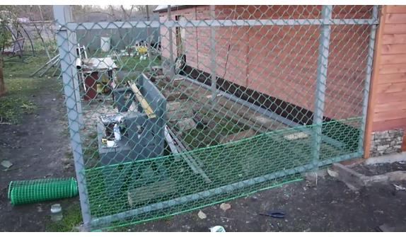 Сетка – ограда для птиц, вольер